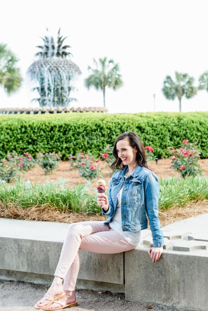 Ashley Thiesen in front of pineapple fountain in Charleston SC