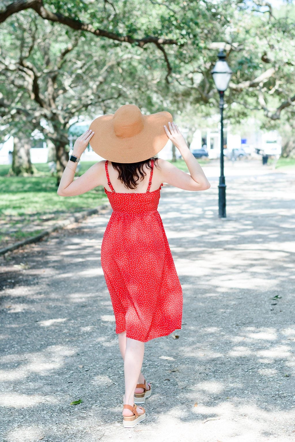 Ashley T, Charleston Blogger, at White Point Gardens downtown Charleston